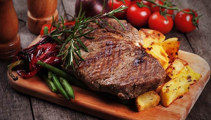 Alimentos cuyo ingrediente principal es la Arrachera, en diversas presentaciones como tacos, tortas, quesadilla, huarache, alambres.